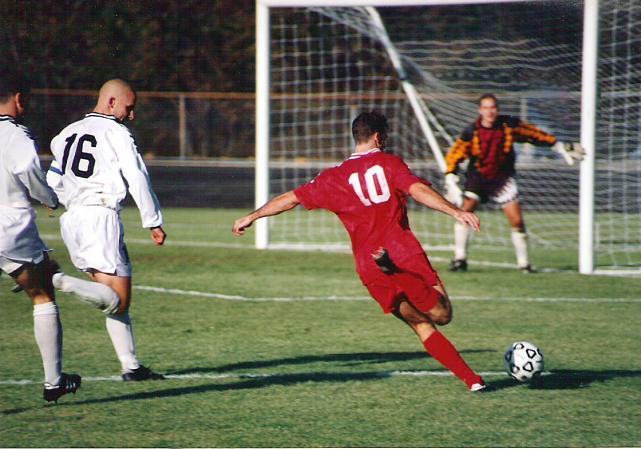 Football-Soccer-Attaquant-Gardien de but-Goal.jpg