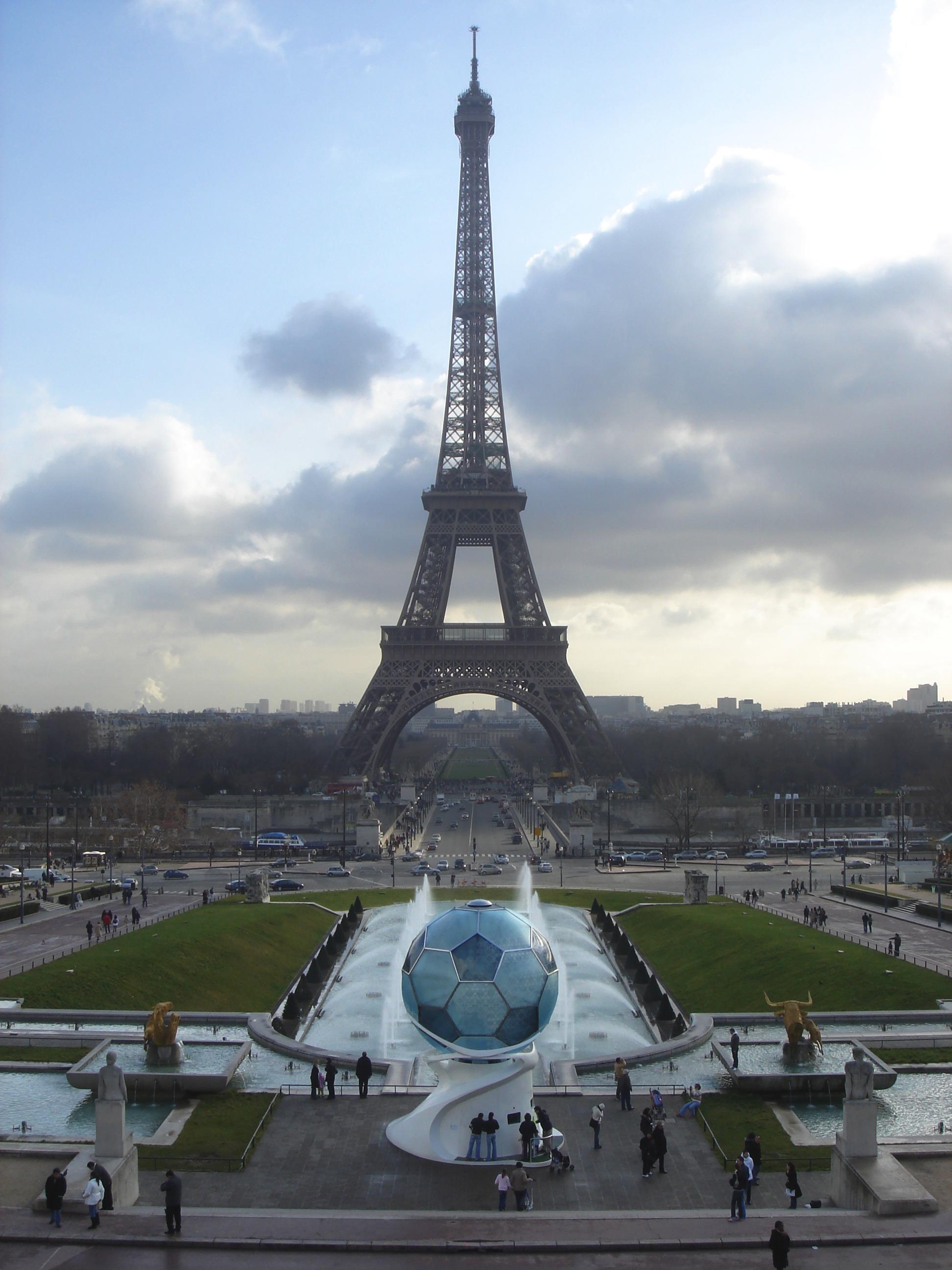 The Eiffel Tower Tour Eiffel Wikimini L Encyclop 233 Die Pour Enfants