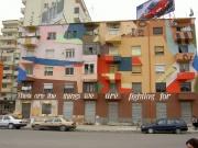 Bulding de Tirana en couleur.jpg