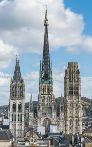 Rouen Cathedral as seen from Gros Horloge 140215 4.jpg