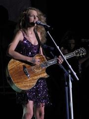 Taylor-Swift-Chanteuse-Guitare.JPG