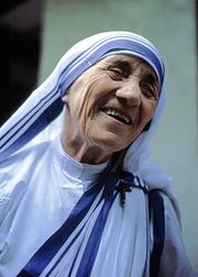 250px-Mutter Teresa von Kalkutta.jpg