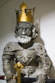 Charlemagne Statue in Grossmunster Church, Zurich-5358.jpg
