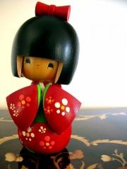 Kokeshi with a tan-9994.jpg