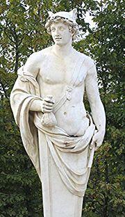 Statue d'Hermès dans les jardins de Versailles.