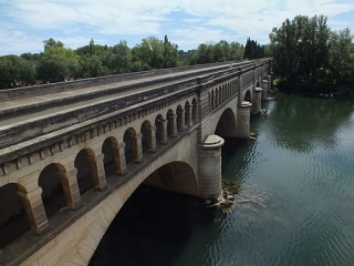 Fichier:Pont-Canal de l'Orb, Béziers.JPG