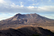 Mount Saint Helens in HDR 01-8337.jpg