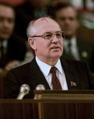 Fichier:Mikhaïl Gorbatchev (1987).jpg