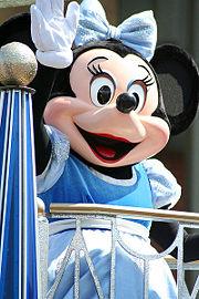 Minnie-Mouse-Disneyland.jpg