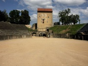 Avenches Amphitheatre-2572.jpg
