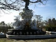 Fontaine du titan plateau des poetes beziers.JPG