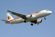 Airbus A320-200-Iberia-Avion.jpg