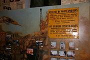 au musée de l'apartheid à Cape Town