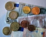 Pièces de monnaie et billets de banque-Argent-Euros.jpg